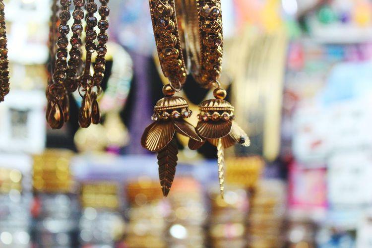 Roadside jewelry shop selling beautiful bangles.