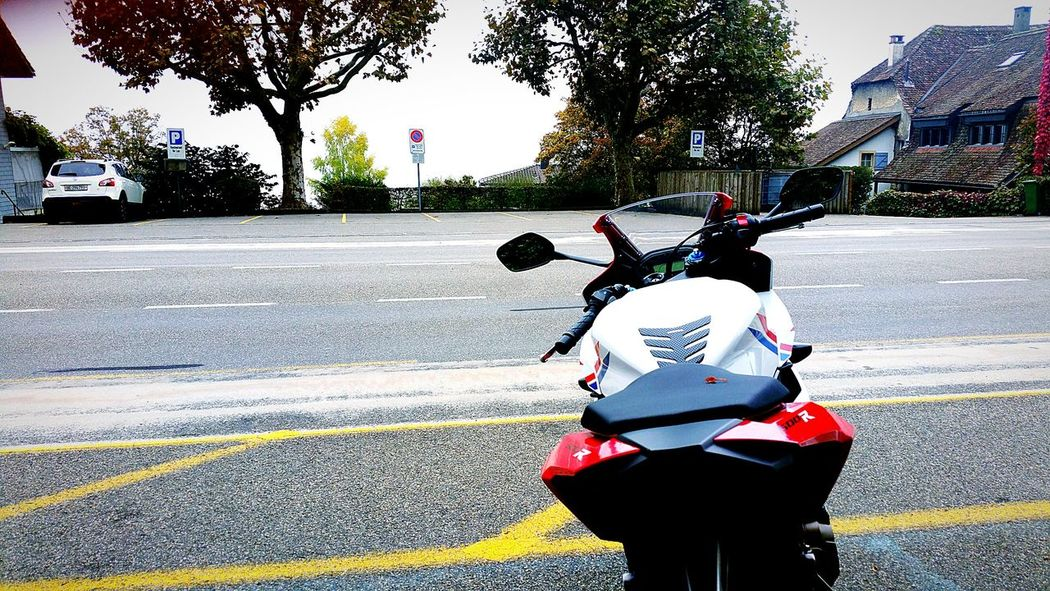 Outdoors Day HondaLove BikerGirl Outdoor Photography Honda Motorcycle Mymotorcycle Motorcycle Sky Tree EyeEmNewHere