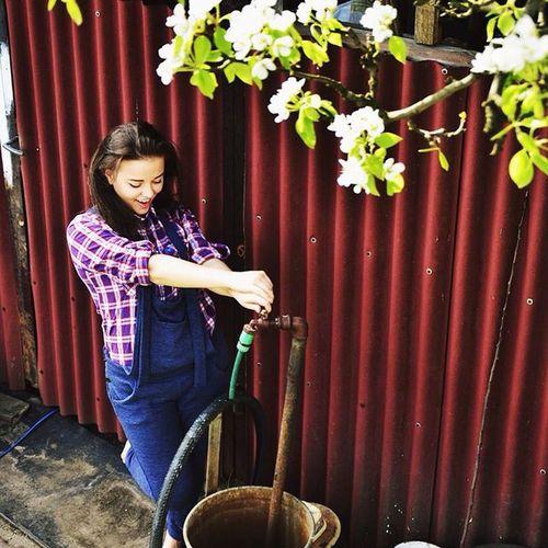Jee Fane Farm Party Girl Landroses Happy Smile Lovley  Sunny Day Fashion Terranova City Love Trip Photomodel Top Style 🐖🍁