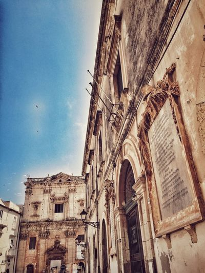 Hello World Taking Photos Vintage Relaxing Enjoying Life Street Architectural Detail Architecture_collection The Architect - 2016 EyeEm Awards Architecture Sicilia Sicily Siciliabedda Discover Your City Walking Around The City  I Love My City Ortigia Giudecca - Ortigia Architecturelovers Enjoying The View Courtyard  Historical Building Barocco Artistic Enjoying The Sun