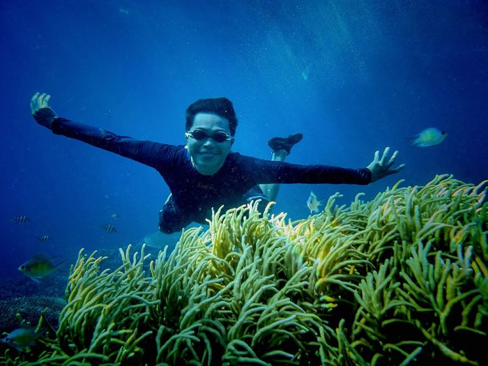 Sunday Funday nothing's get hurt, the coral and fish are saved...! Beautiful Gorontalo