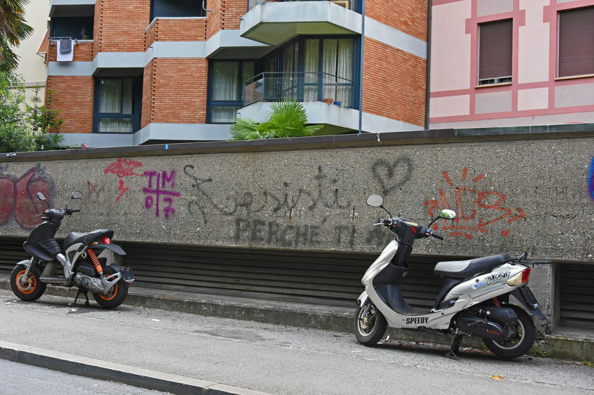 Resisti Writing Writing On The Walls Writings Found On The Roll Lugano, Switzerland Need For Speed Lugano Resist