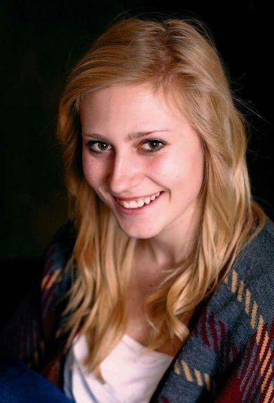 Impromptu portrait session. Chloe. Portrait Portrait Of A Friend Photography Canon 5dmk2