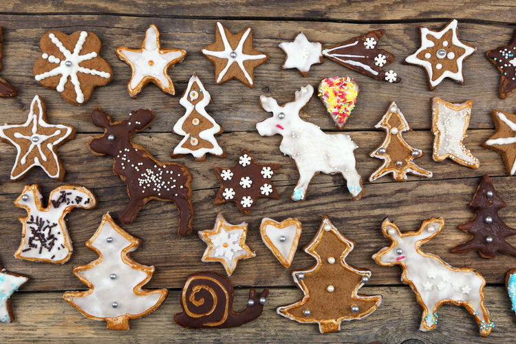 Background Baked Pastry Item Celebration Christmas Christmas Decoration Christmas Tree Christmastime Cinnamon Cookie Cultures Decoration Holiday - Event Indoors  No People Pastry Cutter Pastry Dough Shape Star Anise Star Shape Studio Shot Sweet Food Wallpaper Winter Wood - Material