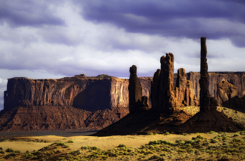 Monument Valley is a scene of beauty and many western style movies Scenics - Nature Nature No People Monument Valley Tribal Park Park Rocks Mountains Desert Adventure Movie Films John Wayne Travel Destinations Travel Photography Nature Nature Photography Hiking Camping Landscape Landscape Photography Color Totem Pole