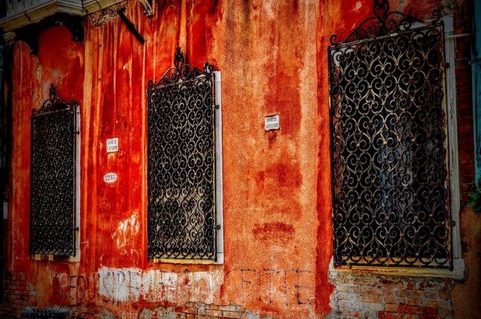 Celosía Architecture Building Exterior Built Structure Close-up Day Door No People Outdoors Red Ventana Weathered Window
