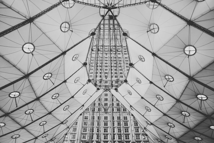Architecture B&w Fine Art Photography Pivotal Ideas Design Engineering Ferris Wheel Geometry Grand Arche La Défense Large Metal Modern Night No People Ornate Outdoors Paris Part Of Pattern Pattern Pieces Structure Technology Dramatic Angles The Secret Spaces The Architect - 2017 EyeEm Awards Black And White Friday