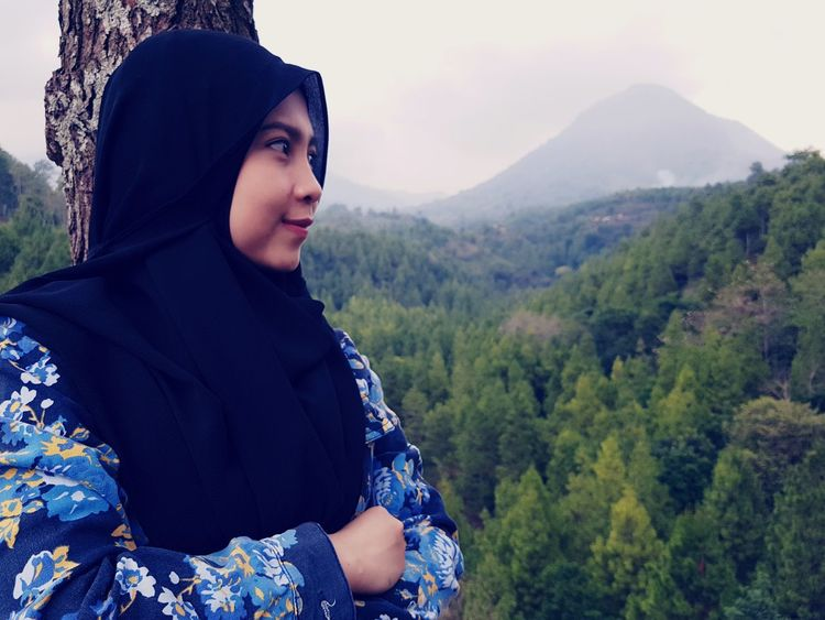 EyeEm Selects One Person Adult People Tree Only Women Women Adults Only Forest Rural Scene Young Adult One Woman Only Mountain Young Women Outdoors Portrait Landscape Nature One Young Woman Only Day Sky Hijab Hijabfashion Hijabbeauty Hijabers_indonesia