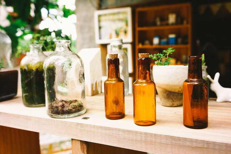 Alternative Medicine Aromatherapy Aromatherapy Oil Bottle Choice Close-up Day Food Freshness Healthy Eating Healthy Lifestyle Herb Herbal Medicine Homeopathic Medicine Nature No People Old-fashioned Spice Variation
