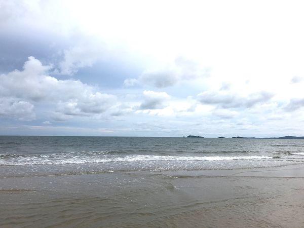 หาดทราย Sea Beach Horizon Over Water Cloud - Sky Sand Sky Nature Water Beauty In Nature Scenics Tranquility Tranquil Scene No People Day Outdoors Wave Landscape Travel Destinations Vacations Rayong,Thailand EyeEm Here Wave Nature Beauty In Nature