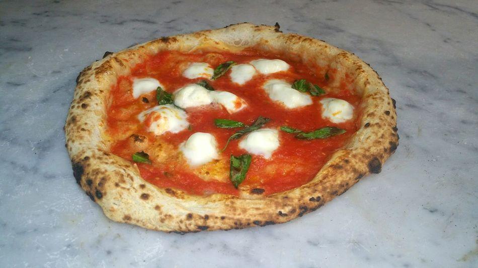 PizzaPomodoro SanMarzano e mozzarella di Bufala