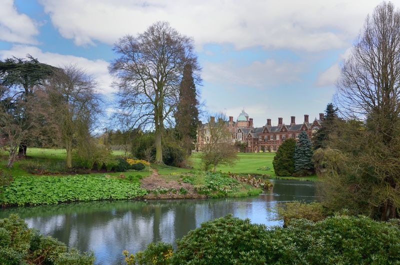 English Country estate History The Past Built Structure English Country House Lake Lake View Outdoors Estate Architecture