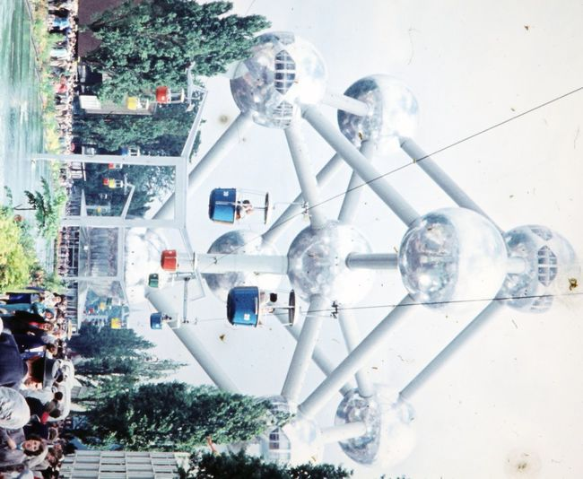Atomium at World Fair Brussels 1958 1958 Atomium Atomium Belgium Atomium Brusse Atomium Brussels Atomium Bruxelle Atomium Bruxelles  Atomiumbrussels Atomiumbruxelles Atomiumview Belgien Belgium Brussel Brussels Expo Famous Landmark Universal Exhibition Vintage Photo Vintage Photograph World Exhibition World Exposition