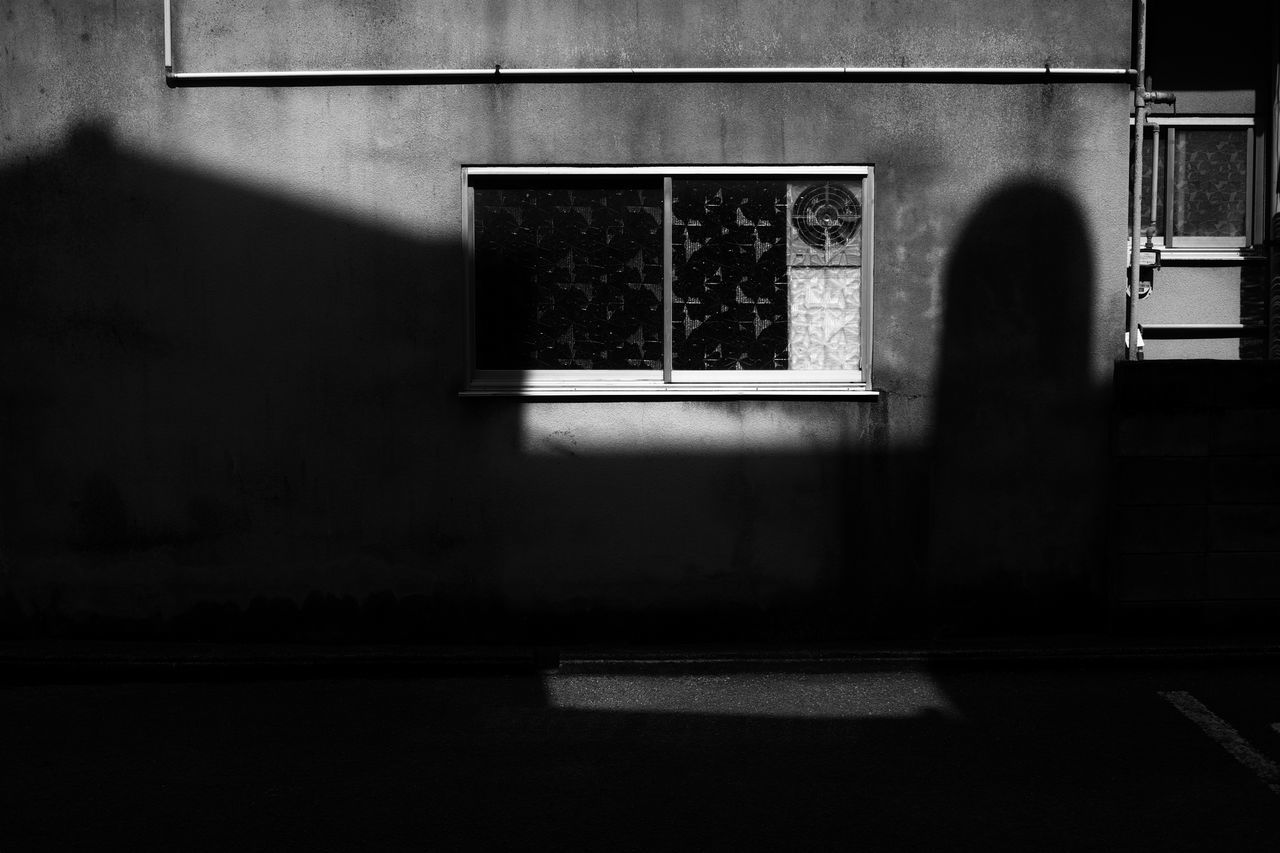 window, architecture, built structure, building exterior, indoors, no people, day, close-up
