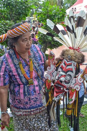 Festival Mahakam Art And Craft Cultures Dayak Front View Kalimantan Timur Mask Tribe