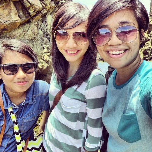 Explored the Aniao Islet in Baler with these two @nirailu @tinisyay Aniaoislet HDR Dysfunctionalfamily goodtimes