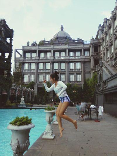 C'mooooonn... Get a splasshh ???? Swimming Happy Bandungbible