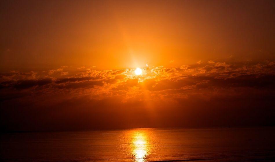 Horizon Over Water Water Sun Sunset Photo Photography BestofEyeEm Picoftheday Shotoftheday Photooftheday Tunisia Likeforlike Beautiful Look EyeEm Nikon Followme Nature Landscape Love Holiday Vacation
