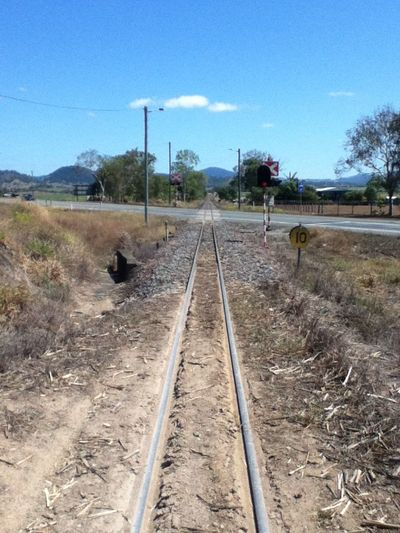 Sarina Railway Track Canerail Ipod4 Crossing