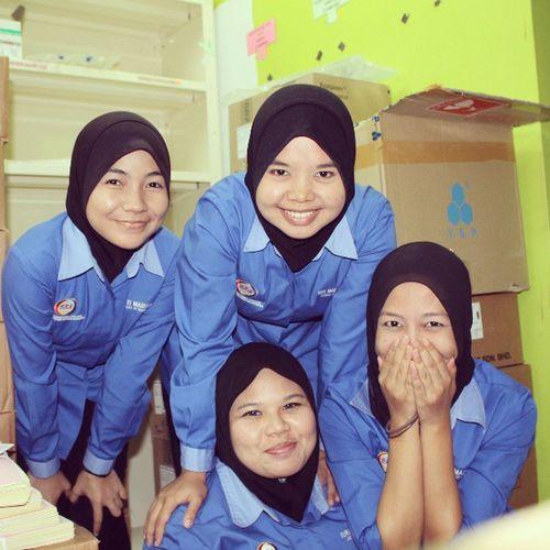 Masing-2 bile bab bergambar with pida pidott, atoyott and @mishiaia Farmasi Perdanaspecialisthospital TBT  Throwback