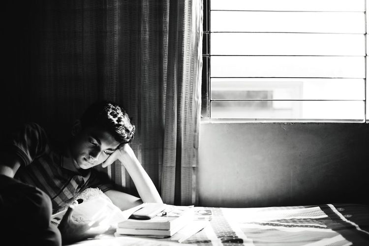 Study Studying Reading Books Book Dhaka Bangladesh Diaries Boy Black And White Black & White Light And Shadow High Contrast Light Shadow Light Reflection Window Natural Light Natural Light Portrait Portrait Shootermag Monochrome Photography