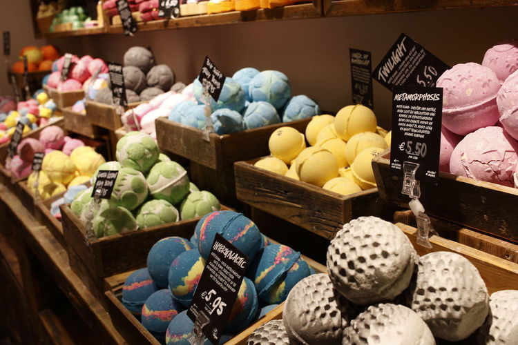 Bath Bomb Colorful Market Retail  Variation Price Tag Abundance Choice For Sale Store