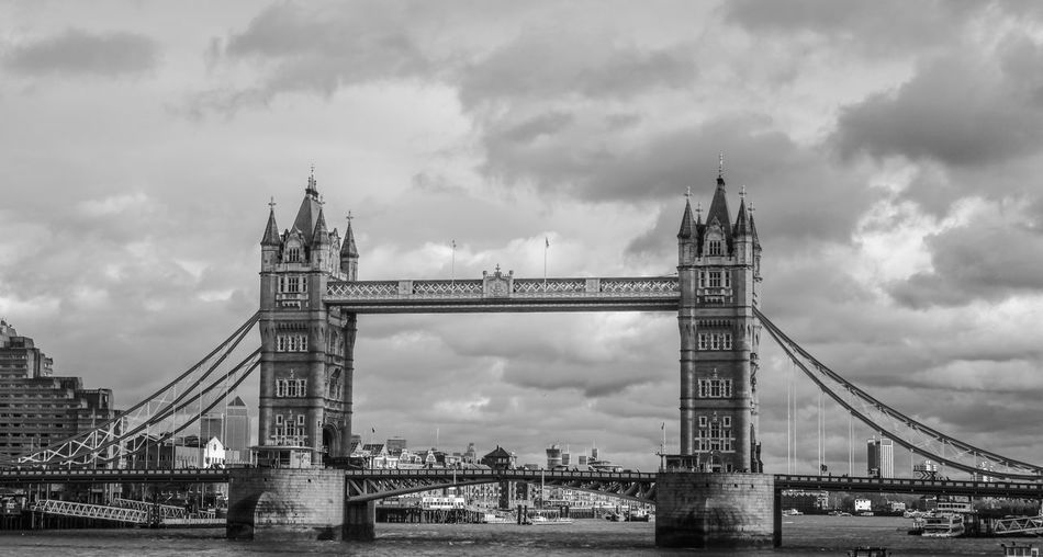 Big Ben Buckingham Palace London London Eye London Taxi Tower Bridge  United Kingdom Architecture Bridge Building Exterior Built Structure Park