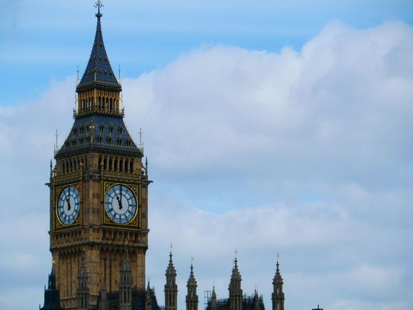 Elizabeth Tower AKA Big Ben Historical Sights Day Hello World Eye4photography  EyeEm Best Shots EyeEm Gallery Historical Building No People Famous Place Capital Cities  International Landmark Travel Destinations Travel Tourism British Culture Outdoors Building Exterior Historical Place Architecture Close-up Clock Tower Clock Time Cloud - Sky Tourists