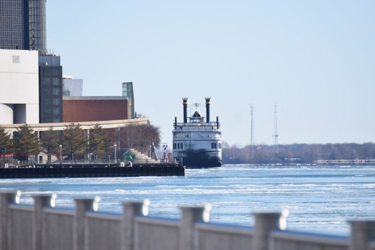 Hanging Out Taking Photos Detroit River Princess Boat Icy River Long Distance Shot