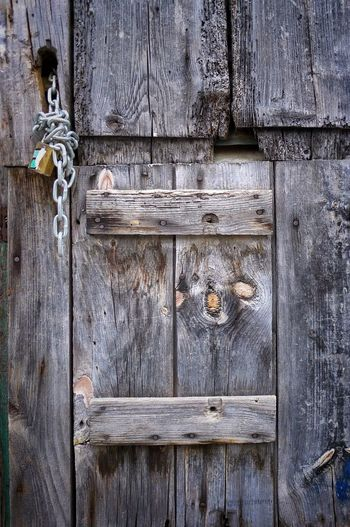 Wooden Door Old Door Decaying Wood Detailsofdecay Shapes , Lines , Forms & Composition Daylight Photography Outdoor Photography No People Wooden Texture Door Details
