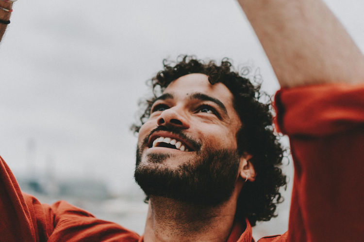 #FREIHEITBERLIN Adult Beard Close-up Facial Hair Focus On Foreground Happiness Headshot Human Face Leisure Activity Lifestyles Looking Looking Away Men One Person Photographer Portrait Real People Smiling Young Adult Young Men