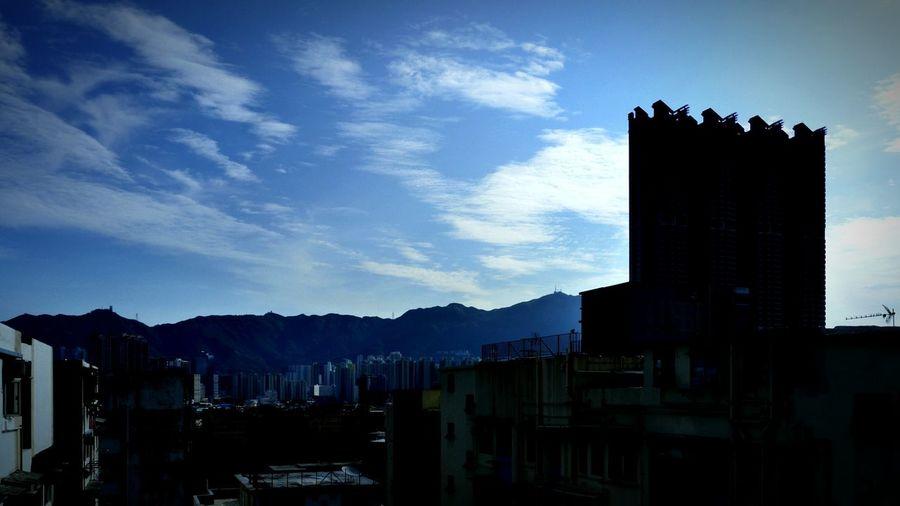 Morning. 香港