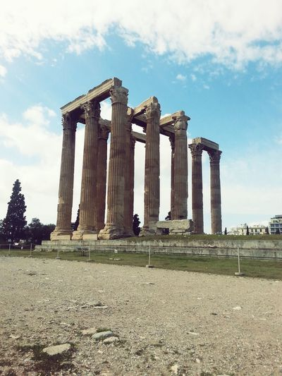 amazing trip Greece Athens History Historical Monuments Pic GREECE ♥♥ Taking Photos Amazing Architecture Eyeemphotography Trip Photo Wonderful Place Canonphotography Withfriends