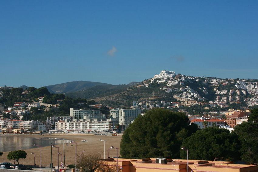 Beach Houses On Mountain Mountain Range Mountain View Mountains Mountains And Sky Peñíscola Sea Side Town Seaside