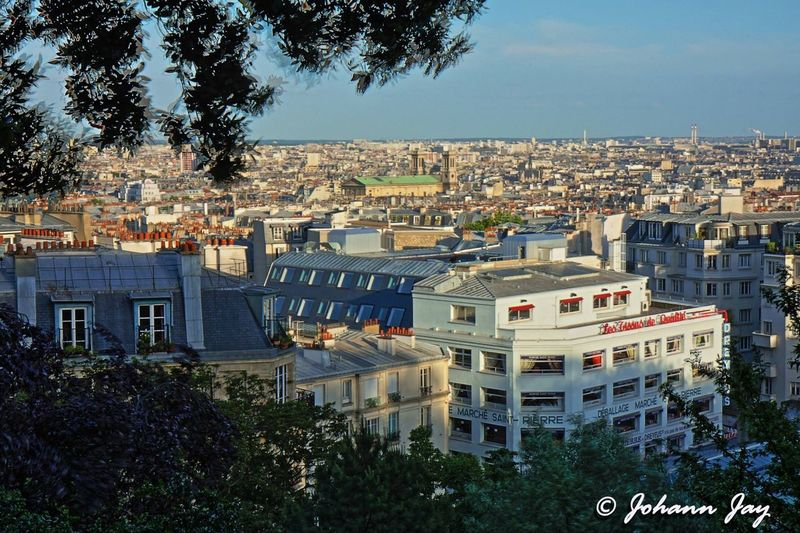Paris Montmartre Paris, France  Vue De Paris Montmartre Horizon Panoramique Panorama Les Toits De Paris Paysage De France Urbanisation