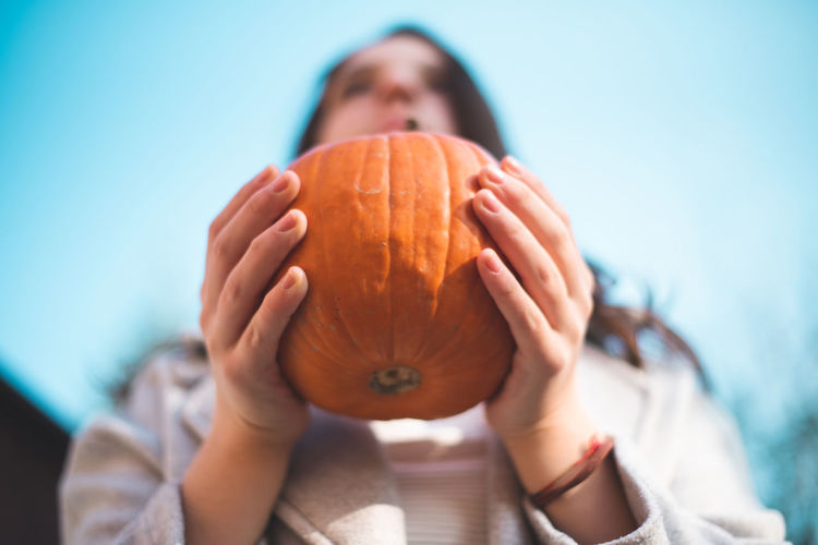 Autumn Mood One Person Holding Front View Food And Drink Portrait Focus On Foreground Child Headshot Food Human Hand Childhood Close-up Wellbeing Hand Human Body Part Healthy Eating Women Casual Clothing