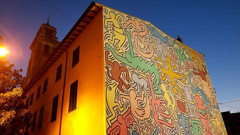 Architecture Building Exterior Colors Colourful Colour Of Life Paint Paintings Street Art/Graffiti Street Life Murales Muralesart Murales Keith Haring, Mural Keith Haring