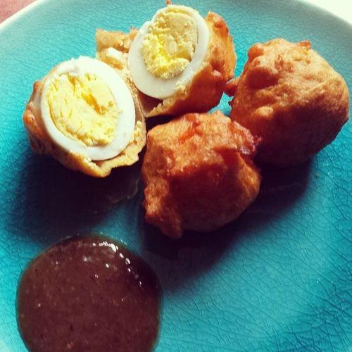 Cassava Ball, Aloo Ball, Egg Ball... oh my!!! GuyaneseStyle Homemade Thankyoumom VishsMom snacktime spoiled ilovemyinlaws thebestmotherinlaw sundayafternoon alittlelateonthispost idgafwhatanyonethinks tasteslikeheaven getinmybelly imafattie idontcarewhatyouthink dontjudgeme proudGuyanese lash