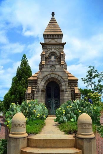 Oakland Georgia Grant Park Oakland Cemetery, Atlanta Georgia Atlanta East Atlanta Historical Mosoleum Streetphotography