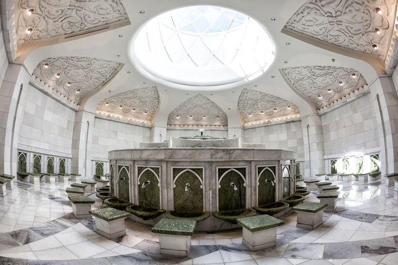 Sheikh Zayed Mosque Abu Dhabi Abudhabi Architectural Column Architecture Architecture_collection Architecturelovers Clear Sky Diminishing Perspective Fish Eye Lens Fisheye Indoors  Mosque Mosque Architecture Mosques Of The World Panoramic View Scenic View Sheikh Zayed Grand Mosque Tourist Destination Travel Destinations Vanishing Point Yusef Abdelki