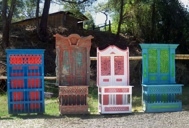 Which one would you choose for your room? Comment your choice... Taking Photos Life In Colors Medellín Romantic Country Life Antioquia Furniture Armoire Roadside