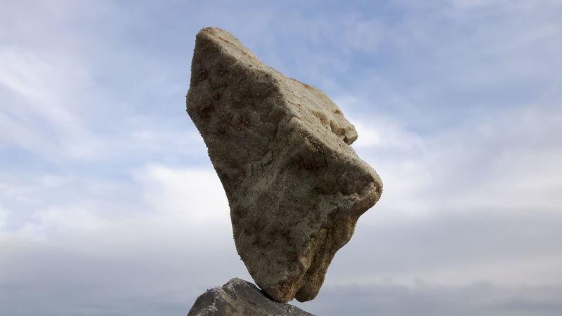 Balancing Rock Balancing Art Pure Balance Pivotal Ideas Zen Rocks Meditation Rockbalancing Rockbalancing Art Balancing Rocks Rockstacking Stone Art LandArt Rocks Balancingact
