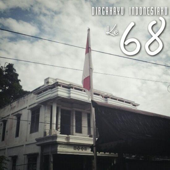 Hiduplah Indonesia raya... merdeka..!! Dirgahayu Indonesiaku yang ke 68... Tuhan berkati bangsaku amin. INDONESIA Indonesiaku Iloveindonesia Dirgahayuindonesia68 dirgahayuindonesia merahputih