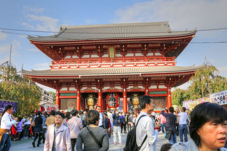 Building Exterior Crowded Japan Religious  Religious Architecture Temple Tokyo Tourist Attraction