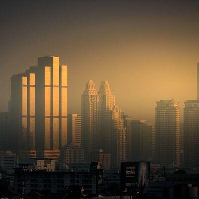 Golden hour Bangkok City Gold Photooftheday Photo Light Reflect Igersthailand Instagood