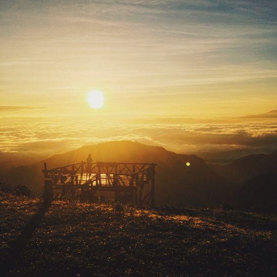 Chaingmai Sunrise Traveling Thailand