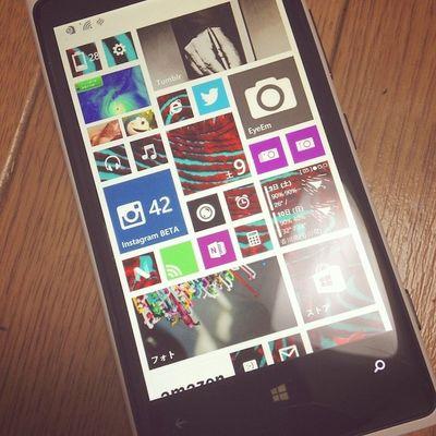 Lumia920 Windowsphone Windowsphone8 .1 今更な感じですがWindowsPhone OS 8.1のアップデート来た〜?? って…日本国内でWindowsPhone持ってる人何人いるんでしょう…?ほぼ暗号みたいなもんだ…。