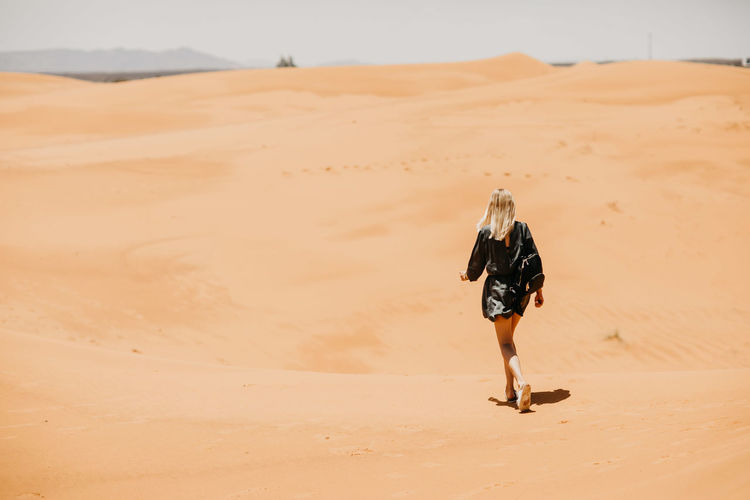 Desert Dunes Friends Happiness Moroccan Morocco MoroccoTrip Nature Travel Vacations View Woman Adventure Color Friendship Girls Landscape Laughter Marrakech Portrait Sand Dune Travel Destinations Walls Women Young Adult