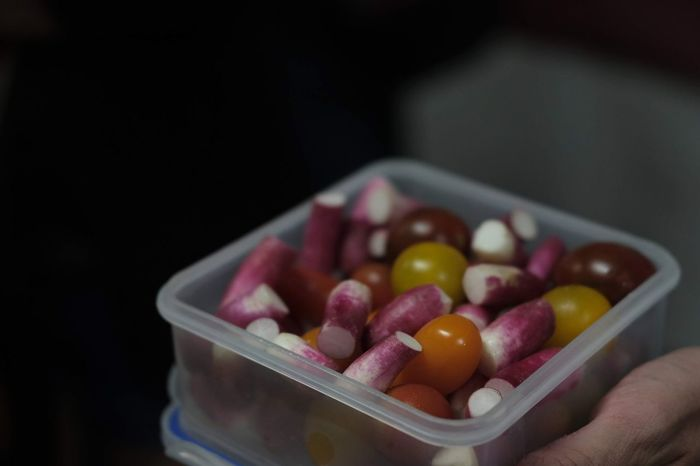 Human Hand Fruit Supermarket Healthy Lifestyle Close-up Food And Drink Sweet Food Vegan Legume Family Vegetarian Food