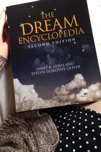 Copped this for three whole bucks 😁 Books Bargain Barnesandnoble Dream Encyclopedia Dress Cute First Eyeem Photo Happy